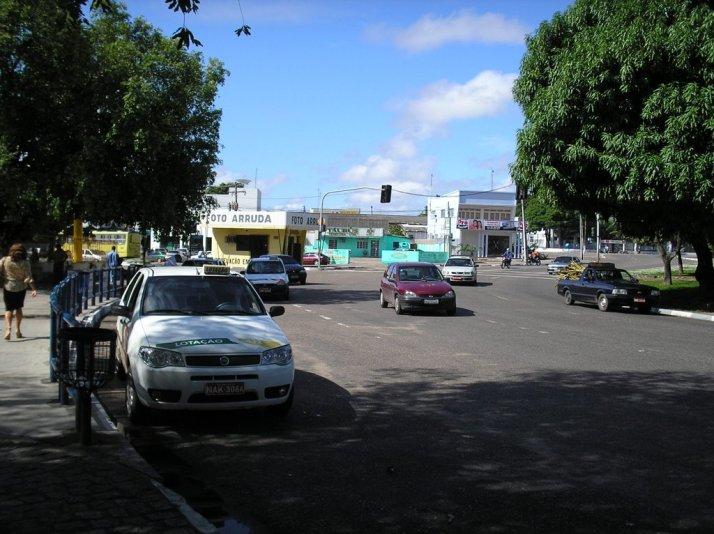 Rotatória do Centro Cívico (foto: Jordi Font Bayó)