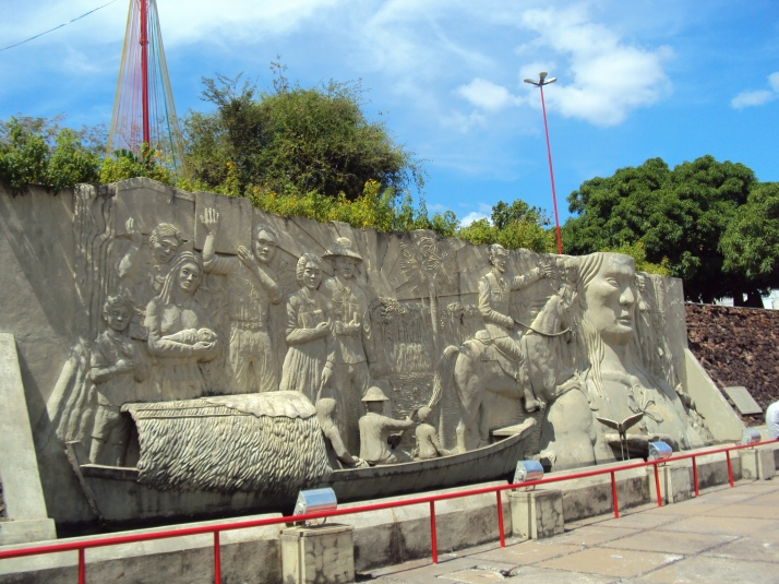 Monumento aos Pioneiros (foto: Luiz Gustavo R.S.M.)