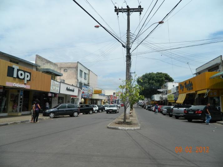 Centro comercial, Av. São Sebastião (foto: Paulocesar)